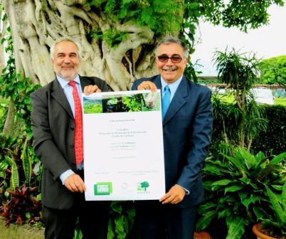 Msellati (World Bank) and Minister Castro (Costa Rica)